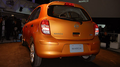 Nissan March imagenes