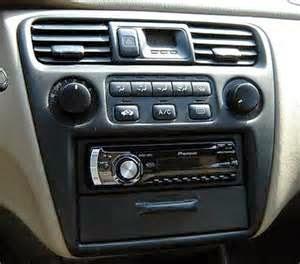 Dalam cara membuat sistem stereo untuk mobil ini dapat jadi proyek yang menantang lantaran speaker serta komponen dirancang untuk kendaraan spesifik.