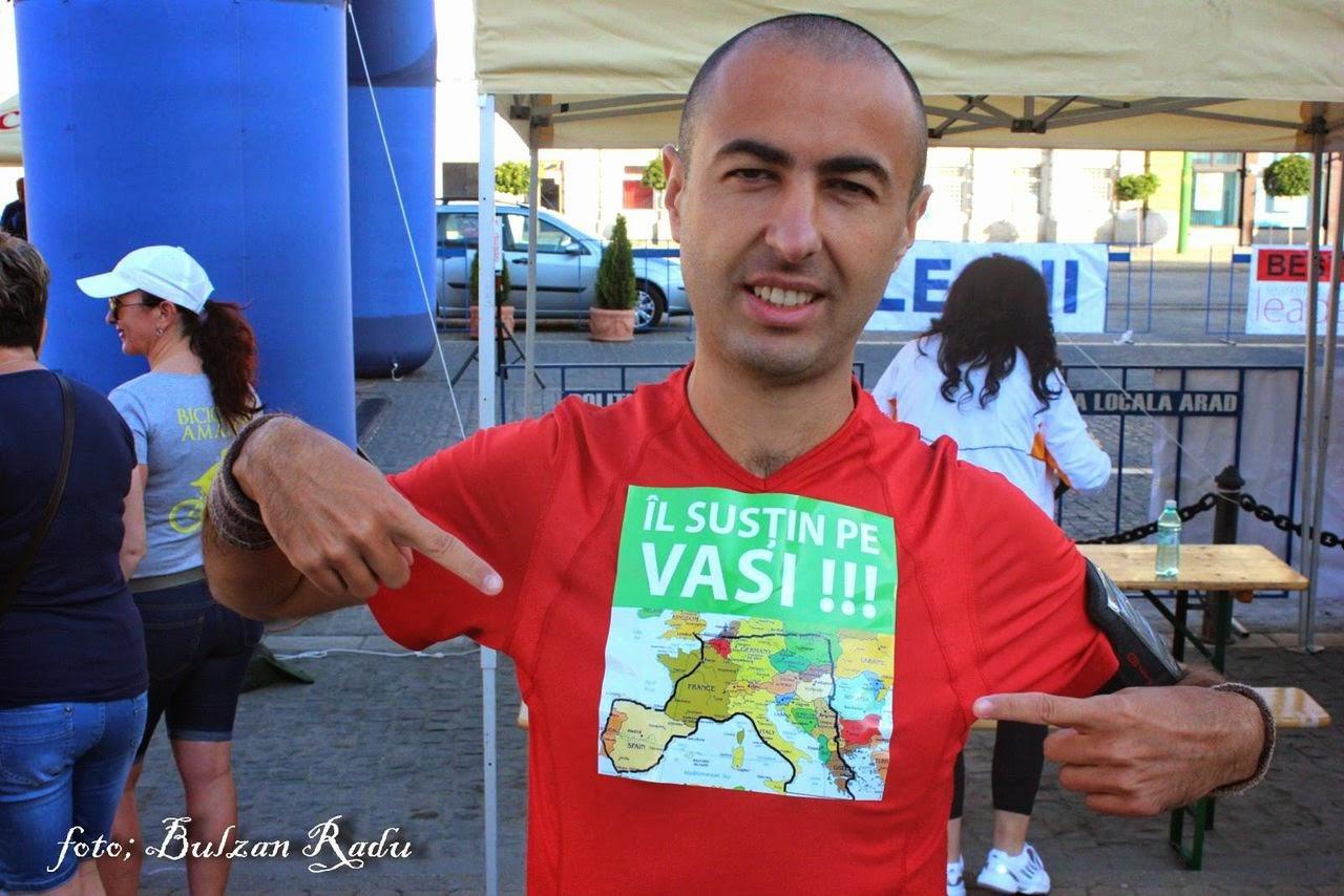 Maraton Arad 2014. Un eveniment REUŞIT în ciuda tuturor dificultăţilor. Vasile Stoica, 12000 de kilometri în scaunul cu rotile prin Europa