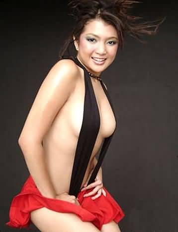 desi hot women caught in spycam