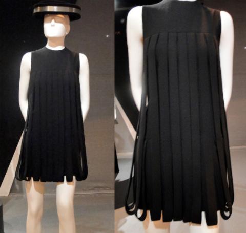 vestido-preto-com-tiras-lindo