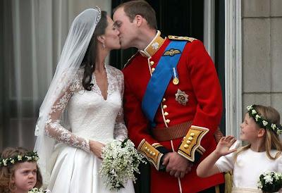 Prince William, Royal Kiss, Duke of Cambridge and Catherine, Shakira kisses Barcelona player Gerard Pique , Shakira, Drew Barrymore, Will Kopelman, Photogallery
