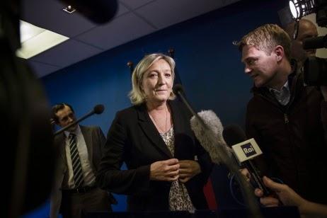 Marine Le Pen a annoncé la victoire du FN dans au moins six villes.