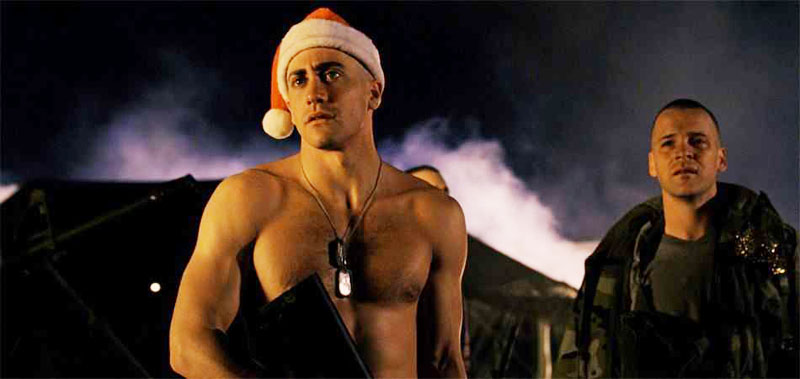 jake-gyllenhaal-jarhead-santa