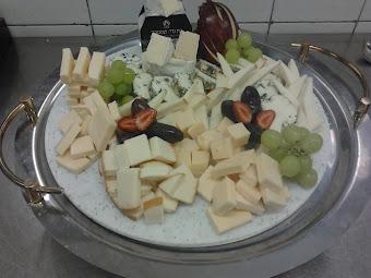 Sajttálak - גבינה מגשים