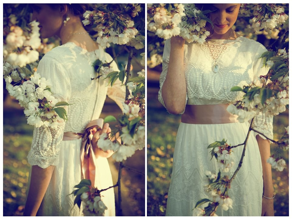 I want look modern in vintage wedding dresses