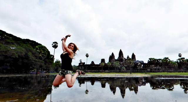 Foto Jump de Ana Soria en Camboya