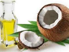 kokos owoc i butelka