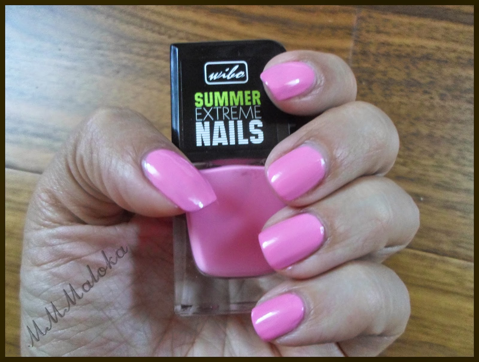 Summer Extreme Nails od Wibo