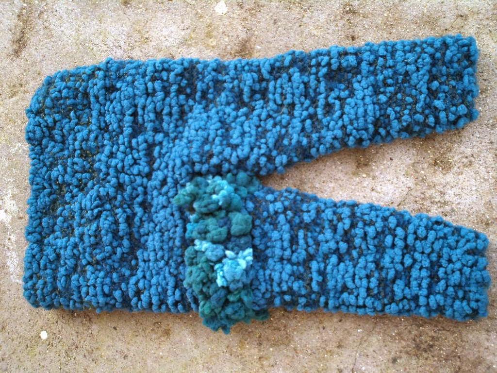 calça de bebe tricotada com linha