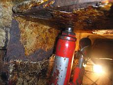 Mast support repair