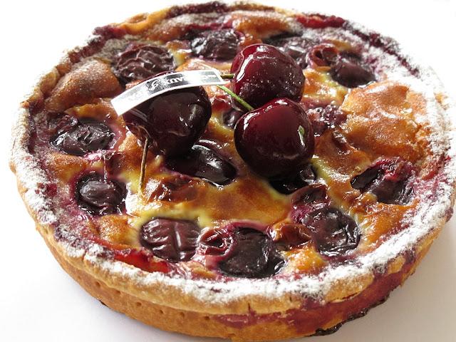 Clafoutis à la cerise - Des Gâteaux et du Pain - Paris