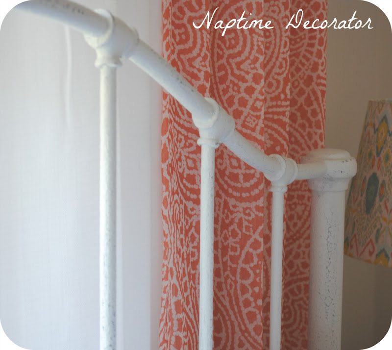 How to Paint Wrought Iron Bed Frames