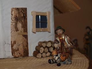 selbstgebaut Krippe Holztür