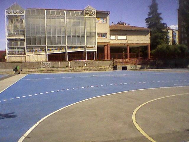 BIENVENIDO A LA A.D. - FUTBOL SALA VIRGEN DEL CERRO (C/ MOHERNANDO-PUENTE VALLECAS - MADRID)