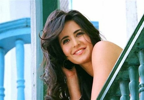 Ek Tiger Fame Heroine Kaitrina Kaif hot wallpapers Free Download