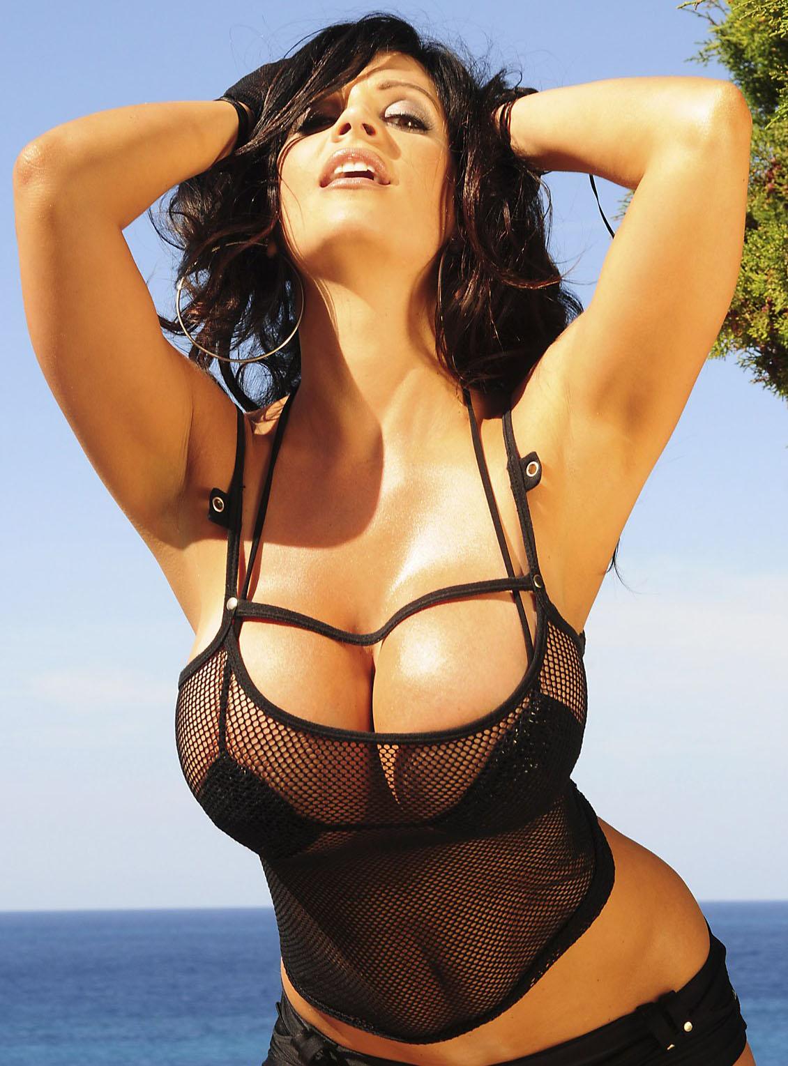 http://3.bp.blogspot.com/-v0-aLBjf8Sg/Th5KH2QrqEI/AAAAAAAAfaM/f3HQGZBJb5g/s1600/denise_milani_pic.jpg