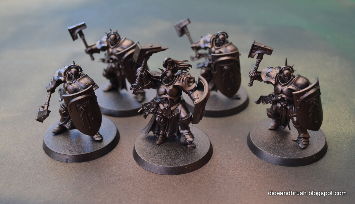 Painting miniatures color master primer - I Then Painted Them All With Warplock Bronze Also With An Airbrush I Had To Dilute The Paint With Thinner To Get The Right Consistency