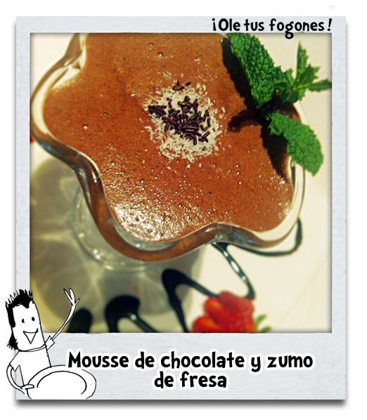 Mousse de chocolate con zumo de fresa