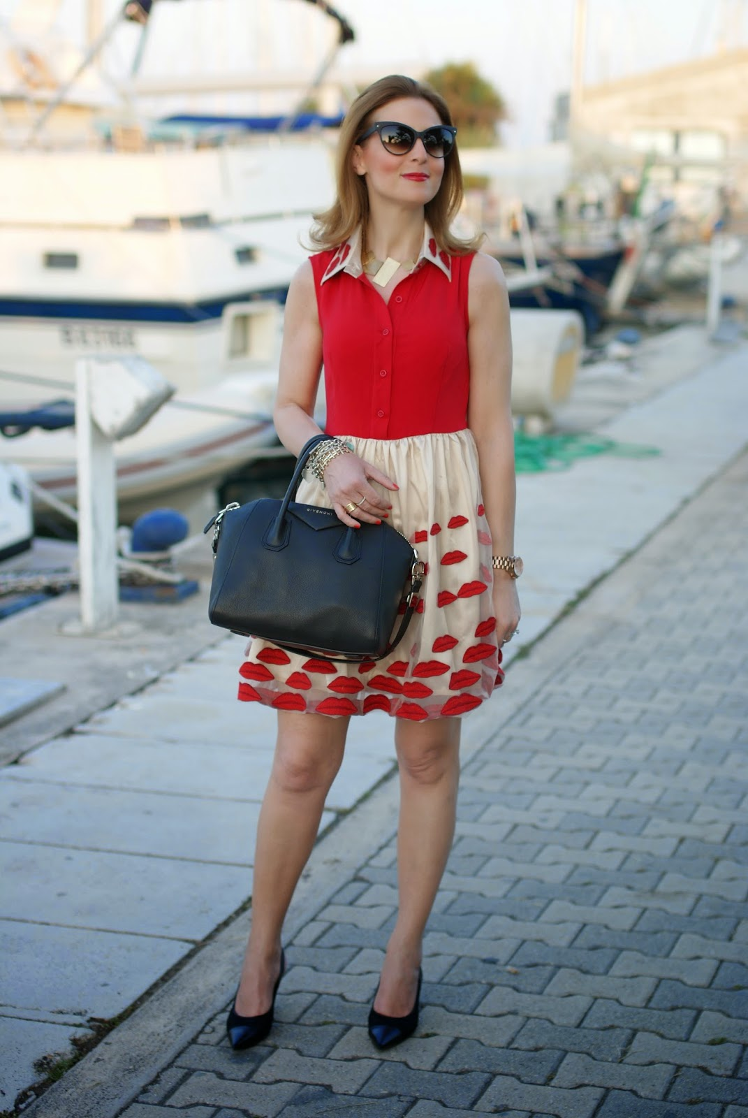 Nando Muzi heels, Alice+Olivia lookalike lips red dress, Givenchy Antigona bag, Fashion and Cookies, fashion blogger