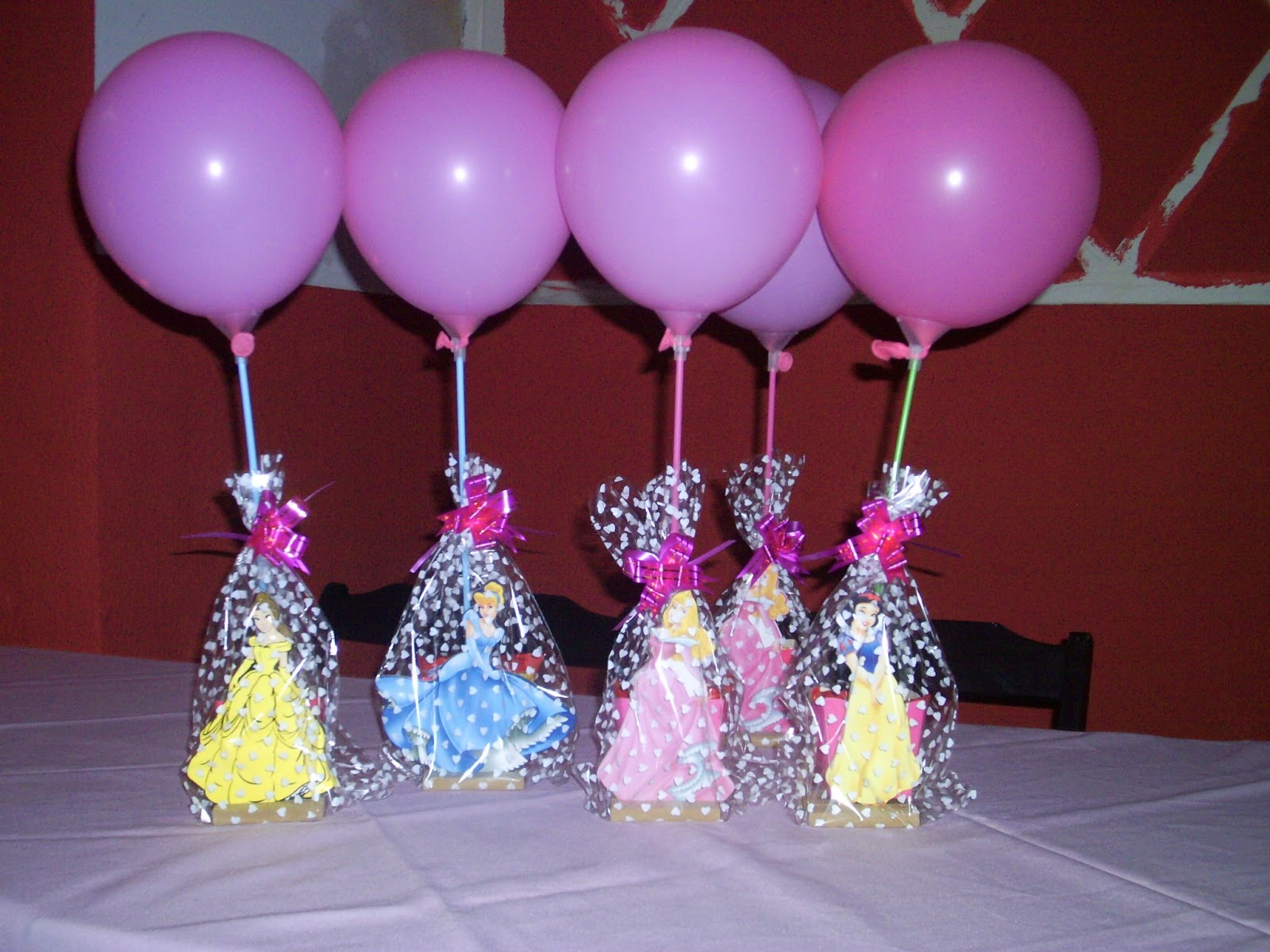 Enfeite De Festa ~ ENFEITES PARA MESA DE CONVIDADOS Festa Infantil Lugh