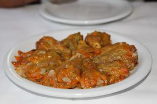 cucina greca creta foglie di vite e riso