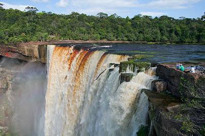 اجمل الشلالات العالم Kaieteur-Falls-in-Guyana.jpg