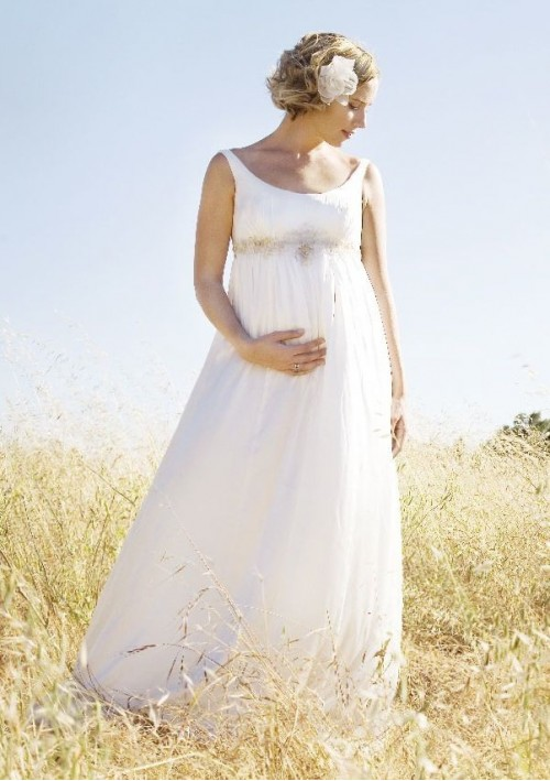Bride in dream how to choose your maternity wedding dresses for Pregnancy dress for wedding
