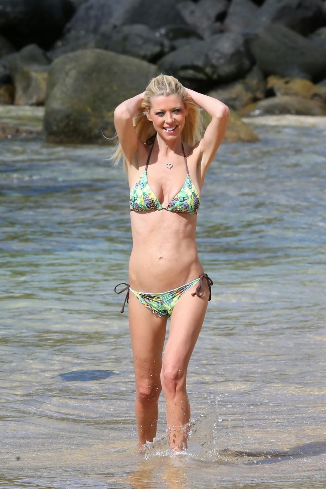 Tara Reid flaunts bikini looks at beach in Hawaii