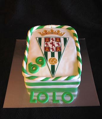 tarta cordoba; tarta decorada; tarta fondant; tarta córdoba cf; futbol; cordobes; andalucia; ole; tarta decorada cordoba; tarta futbol; tarta fondant cordoba