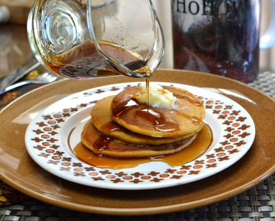 Pumpkin Pancakes ♥ AVeggieVenture.com. Light and fluffy, spiked with pumpkin spices. WW5 for 2 pancakes.