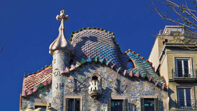 Barcelona imposed ban on registration of new hotels