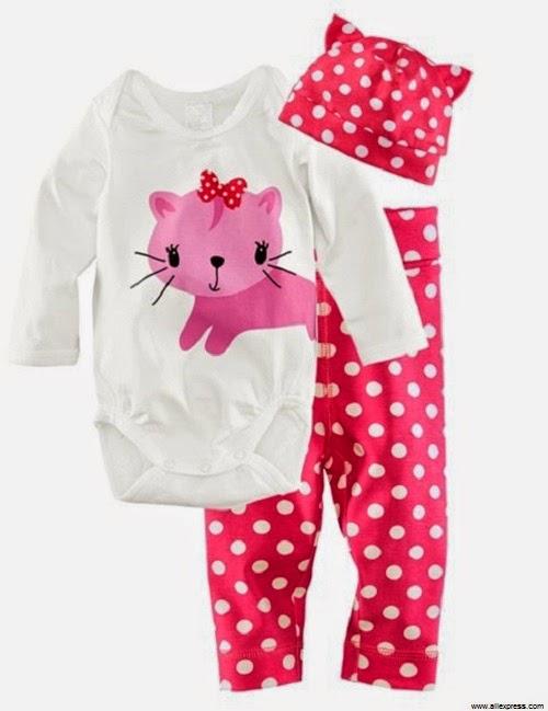 Pyjama bébé fille avec bonnet blanc et rose