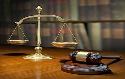 قاضي الامور المستعجلة
