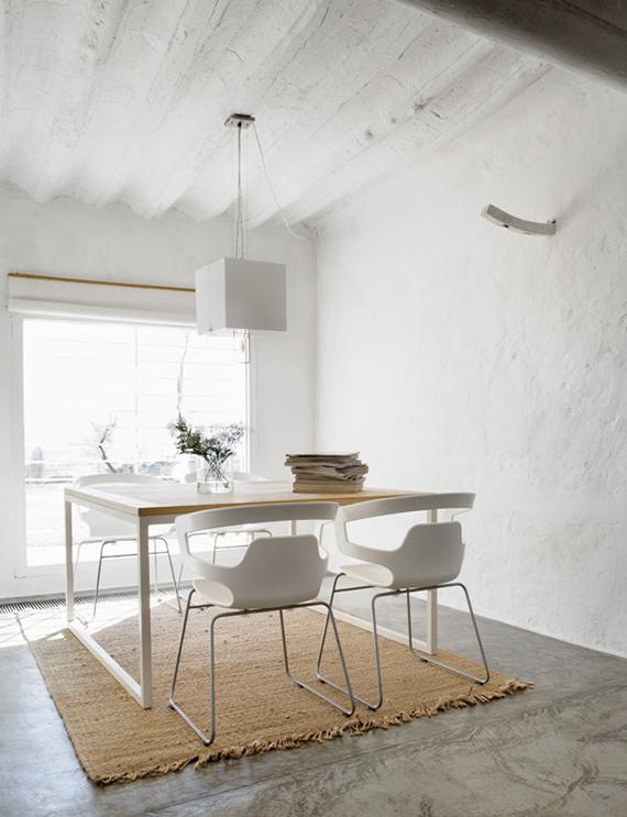 Contemporary country dining room | ©Belén Imaz via Elle.es