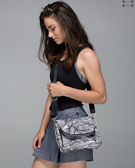 http://www.anrdoezrs.net/links/7680158/type/dlg/http://shop.lululemon.com/products/clothes-accessories/bags/Party-Om-Bag?cc=19071&skuId=3619011&catId=bags