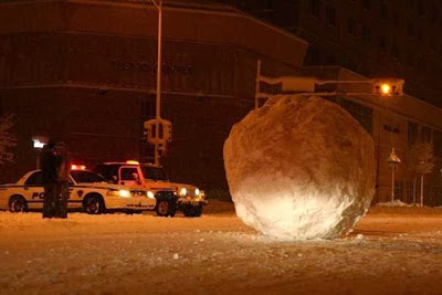 giant-snowball-in-madison