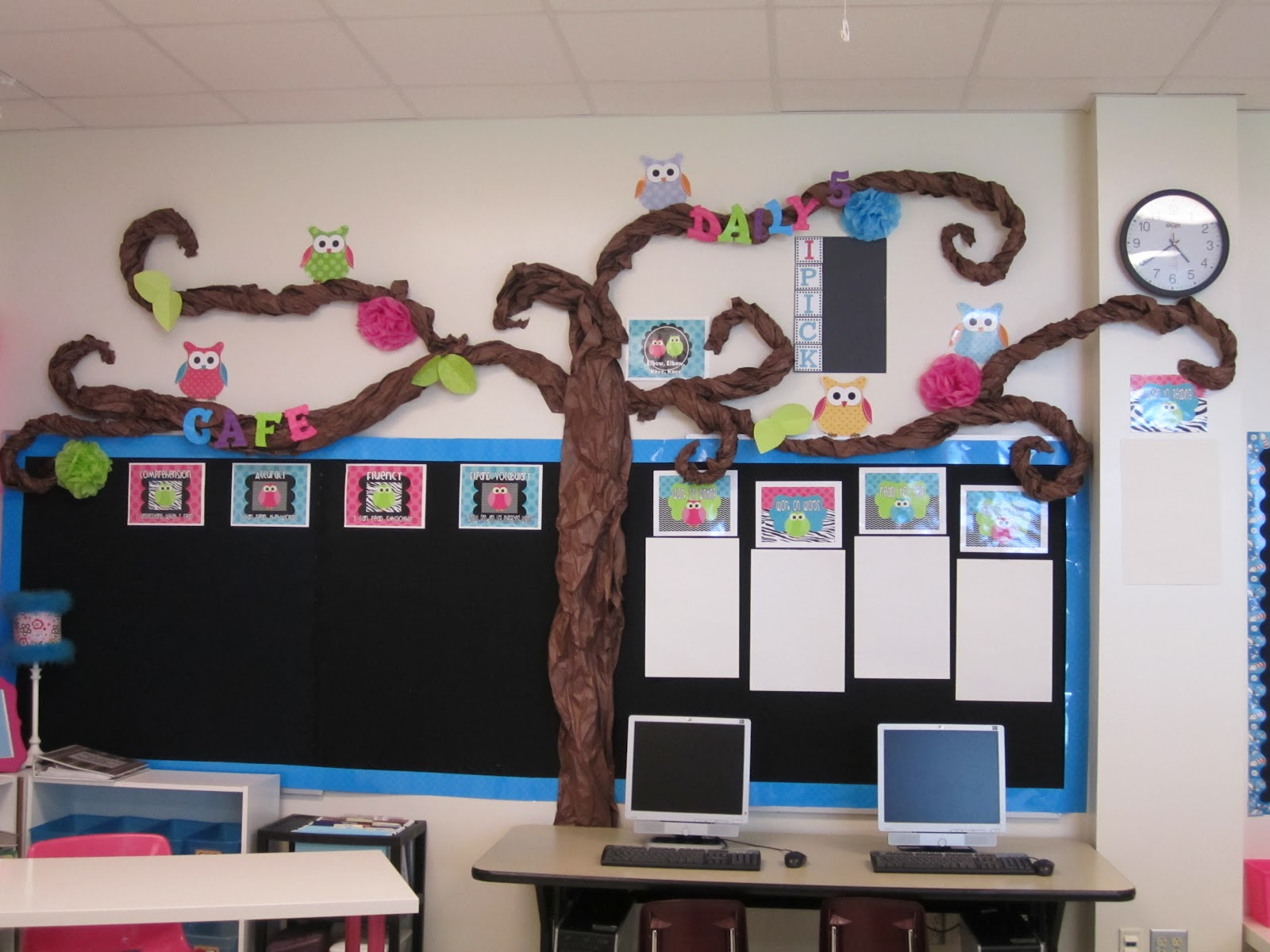 Owl Classroom Idea ~ First grade glitter and giggles classroom makeover