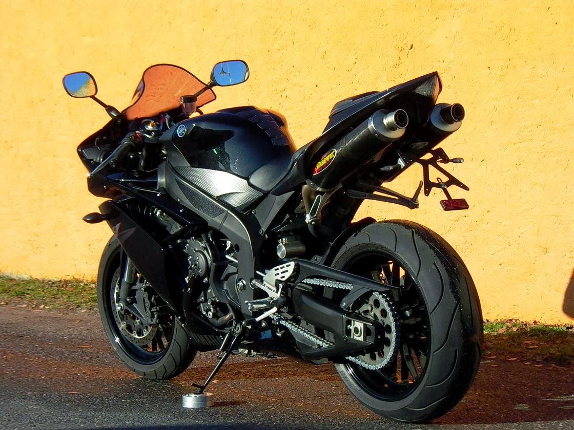 motobike cottbus die mega anmache yamaha yzf r1 mit. Black Bedroom Furniture Sets. Home Design Ideas