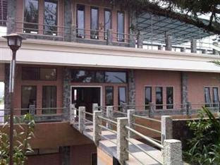 Tangko Inn Resort Cipanas Puncak