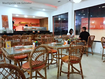 Kyuden Sushi: Ambiente interno
