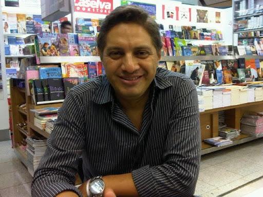 Dr. Carlos Jaldin