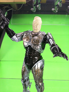 GeekSummit Robocop with Spring Loaded Holster NECA McFarlane Movie Maniacs Prometheus Aliens predator exclusives NYCC ToyFair 2013 2012 New Movie Reboot 2014 Custom Action Figures Blade Runner Sequel