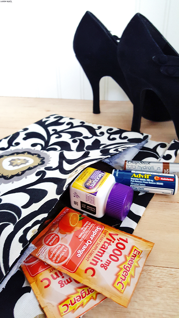 Learn how you can make an easy no-sew clutch purse quickly! Plus, check out how these simple additions to your purse can help you be healthy for every part of life!