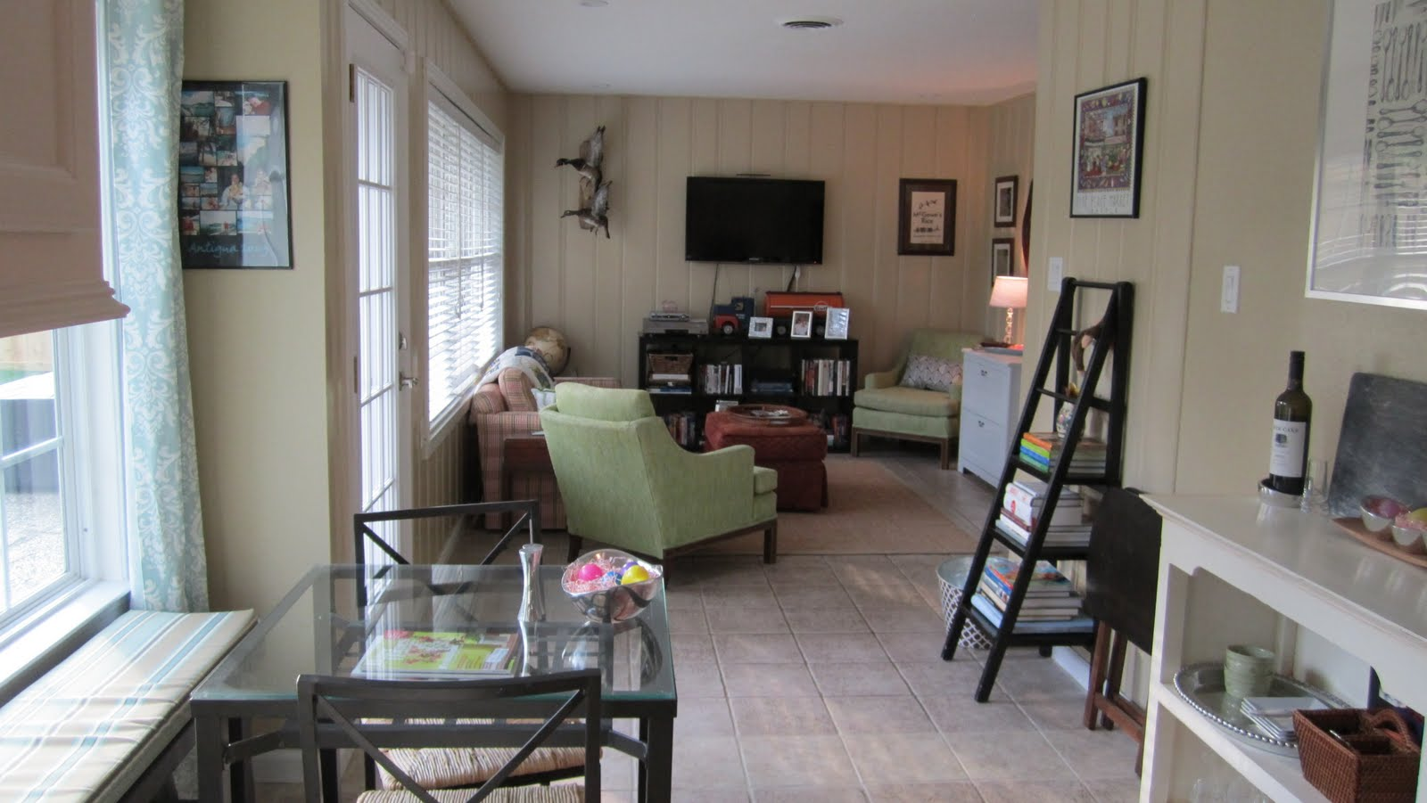 Apartment hacks curtains: studio apartment decor. clever window ...