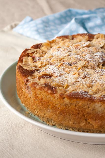 Voćni kolač bademima