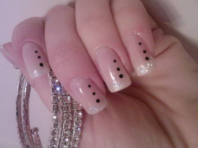 Nail art designs hand nail art designs stylish but simple and easy nail art design prinsesfo Images
