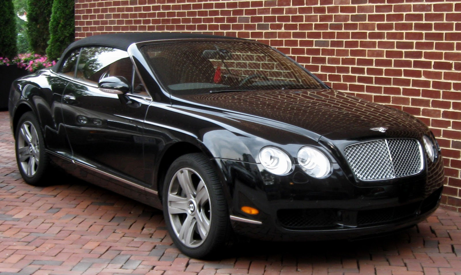 cool cars bentley continental gt black. Black Bedroom Furniture Sets. Home Design Ideas