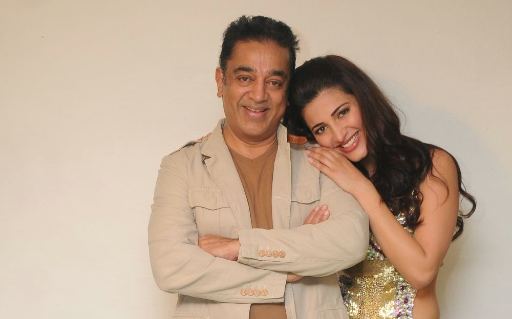 Shruti Hasan with Kamal Haasan at 59th South Filmfare Awards  - Kamal Haasan with daughter Shruti Hasan at 59th South Filmfare Awards