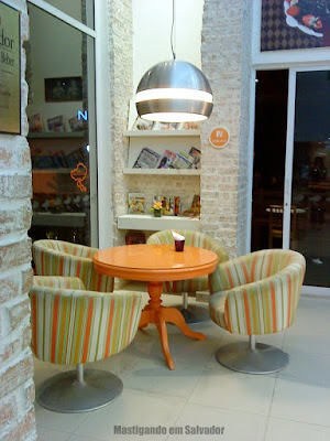 Doces Sonhos Doceria: Ambiente interno da loja da Av. Paulo VI